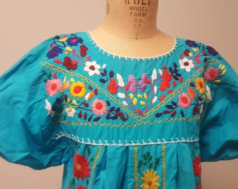 Vintage Oaxacan Embroidered Mexican Dress Puff Sleeves Turquoise Cotton Small to Med