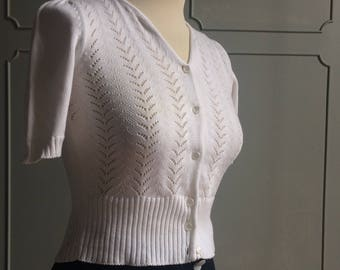 1940's inspired knitwear cardigan white color. XS/S