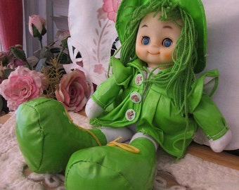 Collectible Cute Doll From The 80's With Eyes That Open and Close