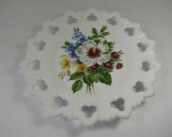 Vintage MILKGLASS BOUQUET PLATE Open Clover & Shell Lace Rim Kemple Floral Decor Flower Circa 1940s Cake Cupcake Pastry