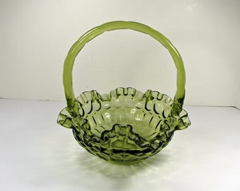 Vintage FENTON BRIDES BASKET Colonial Green Thumb Print Pattern Wedding Ruffled Rim Centerpiece