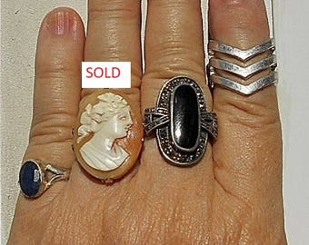 1 Ring Dainty Silver Dark Blue Stone RING  unmarked  size 6 1/4.  Only 19.90