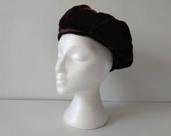 Vintage 1930s brown velvet beret tam hat
