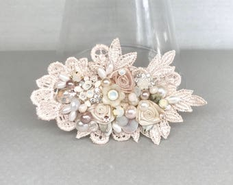 Blush Bridal Comb- Wedding Hair Accessories- Blush Hairpiece- Floral Wedding Comb- Pearl Bridal Comb- Blush Pink Hairpiece-Handmade Haircomb
