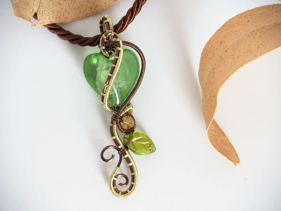 Green heart pendant wire wrapped nature jewelry Lampwork Glass necklace Gift for her women Love valentine's day gifts handmade leaf