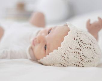 Newborn  lace knit hat, knit baby hat, baby bonnet, hand knitted merino newborn hat