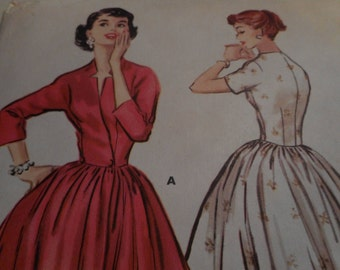 Vintage 1950's McCall's 3598 Robe or Gown Sewing Pattern, Size 14 Bust 32