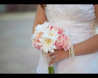 Destination Wedding Bouquet, Bridal Bouquet, Small Bouquet, Pink Rose Bouquet, Daisy Bouquet, Wedding Flowers, Wedding Bouquet
