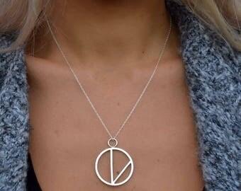 Circular silver V pendant, vegan necklace, vegan jewellery, vegan pendant, silver pendants, vegan gifts, gift for vegetarian, gift for vegan