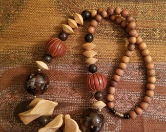 Vintage 1980's Necklace With Mosaic And Wooden Beads