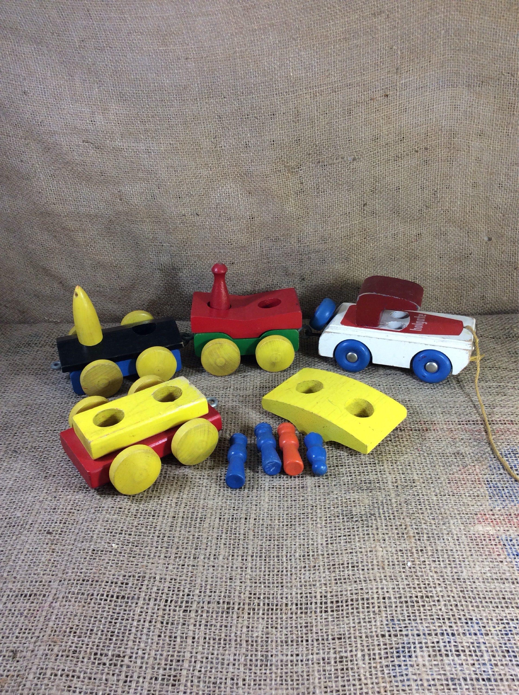 Toy trainapalooza! - Pinterest