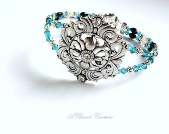 Crystal Beaded Bracelet for Women Blue Green Crystal Two Strand Memory Wire Bracelet Graduation Gift Women's Gift Wedding Bracelet