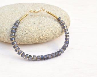 Iolite bracelet, Minimalist bracelet, Iolite jewelry, Hematite jewelry, Dark blue bracelet, Minimalist jewelry, Dainty bracelet
