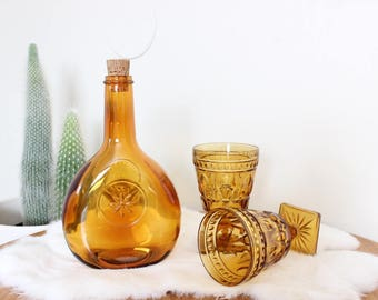 Vintage Amber Decanter Liquor Bottle w/ Crok Mid Century Barware Boho Hollywood Regency