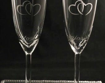 Mr and Mrs Wedding Champagne Glasses, His and Hers Glasses, Bride and Groom Glasses, Personalised Wedding Glasses, Wedding Gift