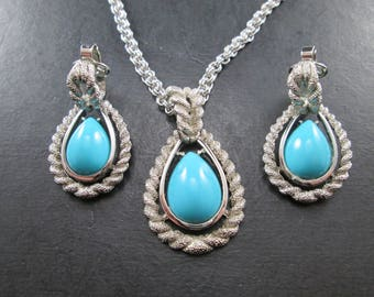 Vintage Avon Silver Tone and Faux Turquoise Set Pendant & Chain Necklace with Clip on Dangle Drop Earrings Signed 70s