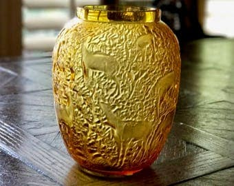 Lalique Biches Vase in Amber Crystal Excellent Condition Signed and Authentic with Box