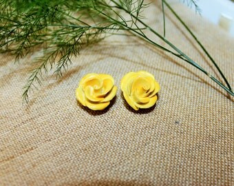 Clip On Earrings-Yellow Floral Vintage