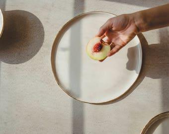 Pottery Dinner Plate,White Plate,Ceramic Dinner Plate,Modern Pottery,Porcelain dinnerware,White Serving Dish,Gold Plate,Ceramic Wedding Gift