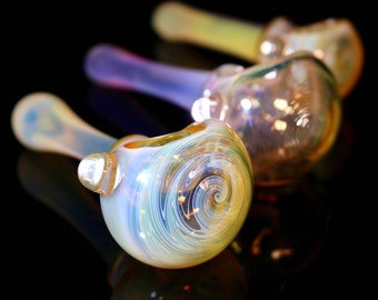 Intro Sale! Trippy Wig Wag Color Changing Pipe