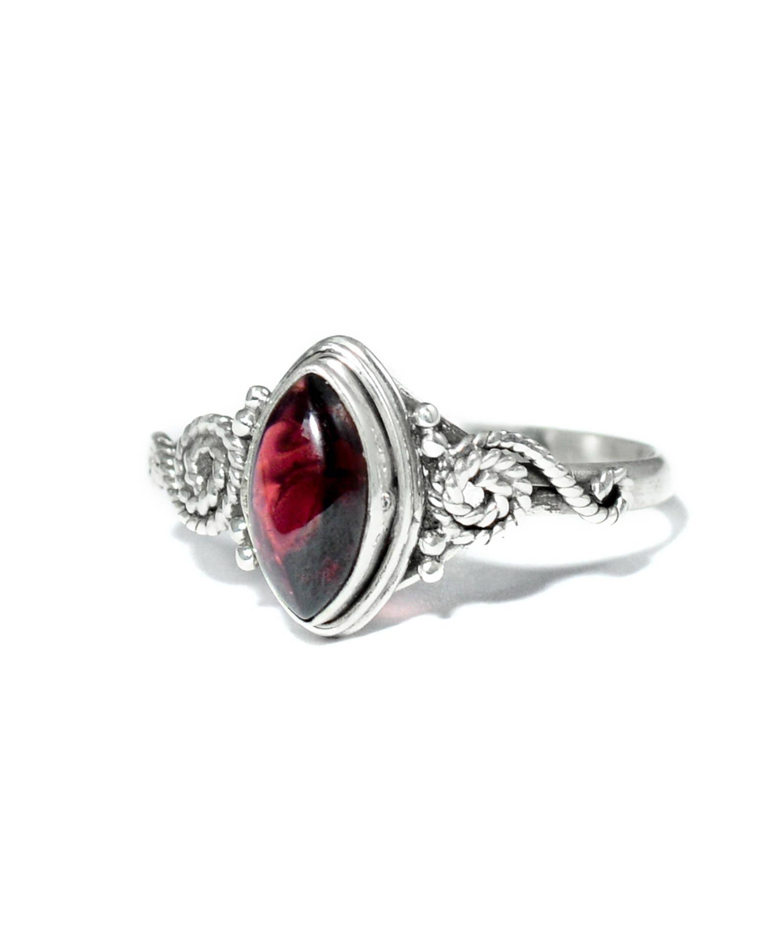 blood red garnet crystal sterling silver ring 925 healing. Black Bedroom Furniture Sets. Home Design Ideas