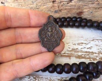 Thai Buddha Amulet Pendant / Buddha Amulet / Amulet Pendant / Buddha Charm / Thai Amulet / Thai Buddha / Amulet / Buddhist Amulet / BB24