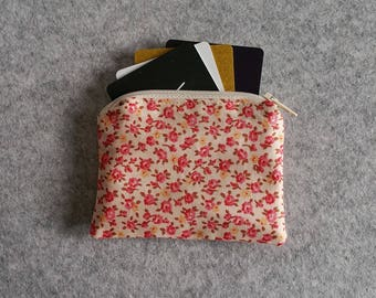 Small Pink Floral Zippered Pouch / Card Wallet / Coin Purse