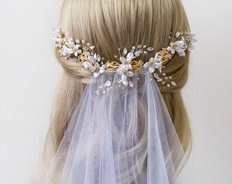 ODELIA  Bridal headpiece, Bridal hair vine, Wedding Accessories, Wedding headpiece, Pearl and flower Headpiece