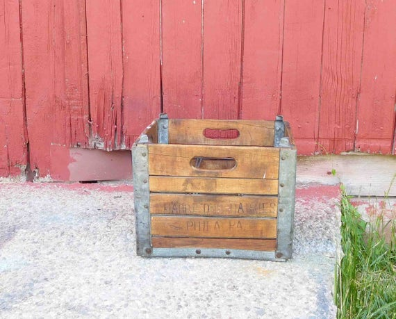 Vintage wooden milk crate harbisons dairies philapa with for Where can i buy wooden milk crates