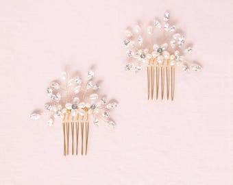 Delicate Pearl & Crystal Gold Hair Combs, Wedding Hair Accessories, Hair Comb, Hair Accessories, Gold Headpiece, Hair Combs for Wedding