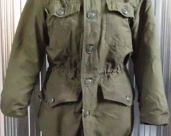 Vintage Canadian Military Winter Coat- post-apocalyptique- steampunk- recycled