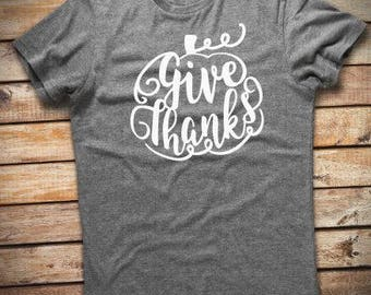Give Thanks Tshirt // Thanksgiving Tshirt // Fall Tshirt // Give Thanks Shirt // Plus Size Fall Tshirt // Thanksiving Shirt