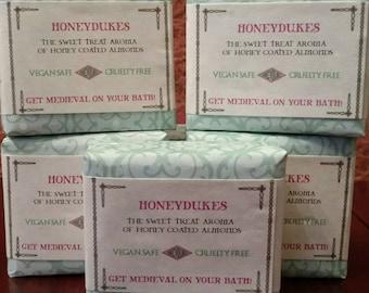 HoneyDukes, Medieval Handcrafted Cold Process Soap, Honey Glazed Almond, 4 oz Bar
