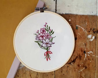 Detailed Floral Bouquet  Embroidery Hoop - Framed Wall Art, Gift, Present, pastels , Fiber Art