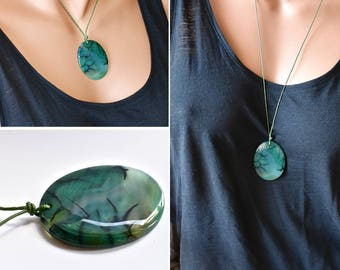 Large Stone Necklace, Green Dragon Vein Agate Pendant Necklace – Adjustable Length Choker, Natural Healing Worry Stone, Chakra Jewelry