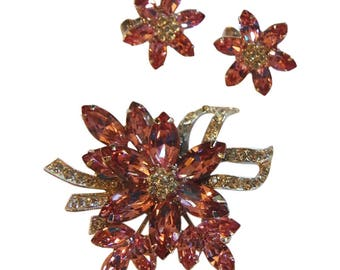 Sparkling Trifari Pink Rhinestone Floral Brooch/Pin And Matching Clip Earrings Vintage 1950 Bridal Pin Rhinestone Pin Rhinestone Earrings