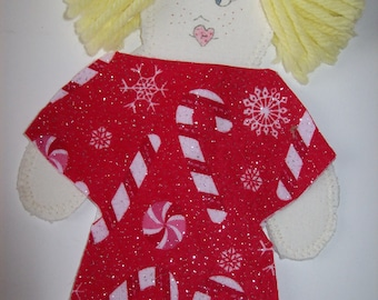 Cloth Paper Doll with carring case, 5 outfits.