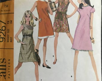 McCalls 9267 - 1960s A Line Dress with French Darts in Knee Length - Size 12 Bust 34