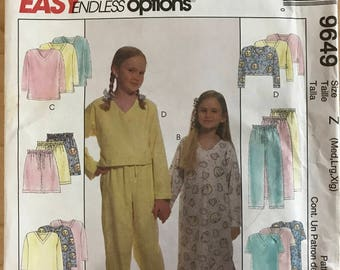 McCalls 9649 - Easy to Sew Girl's Pajama Set Including Top, Pants, and Nightgown - Size M l XL
