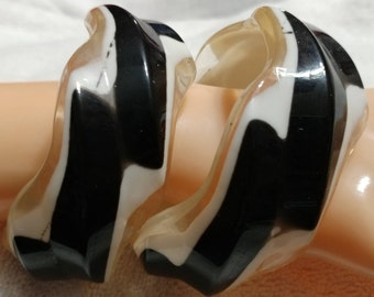 2 pc. Vintage,Black,Clear and White Zig Zag, Striped,Lucite Bangles