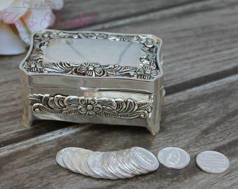 FAST SHIPPING!! Treasurer Chest Wedding Arras, Arras de Boda, Unity Coins,  Silver Wedding Arras, 13 wedding Unity Coins, Ring Box, Jewelry