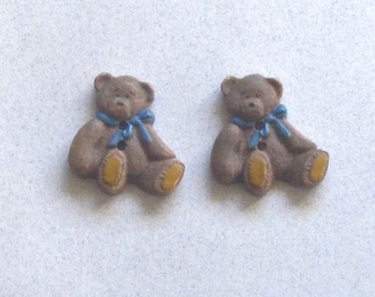 Two Wood Realistic Teddy Bear Buttons