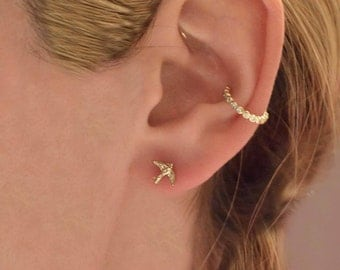 Bird eatring 10kt studs in yellow rose and white gold, Spring bird earrings, Bird earring, Mother's day gift, Bird jewelry,