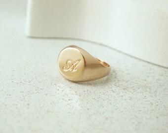 Initial Ring, Signet Ring, Monogram Ring, Gold Signet Ring, Custom Ring, Personalized Ring, Engraved Ring, Personalized Jewelry, Gold Ring