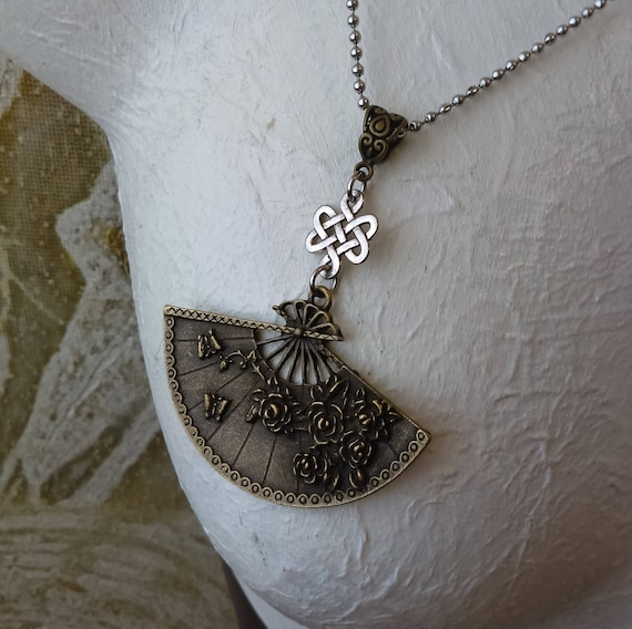 Ornate Fan Floral Flower Knot Pendant Necklace Antique Bronze Tibetan Silver Stainless Ball Chain