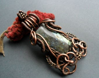 Labradorite copper wire wrapped pendant Healing crystal pendant Heady wire wrap Gemstone necklace Rustic Copper wire necklace Chakra jewelry