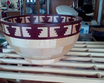 Segmented bowl bird of paradise feature ring