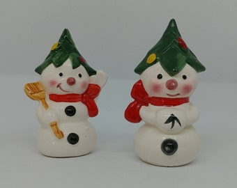 Vintage Snowman Salt & Pepper Shakers Winter Japan Collectibles Home Kitchen Dining Decor Entertainment Altered Repurposed Art