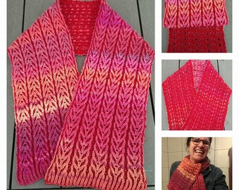 Red/Pink Brioche Knitted Scarf