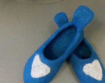 Handmade shoes, Girl slippers, Handmade shoes, Felt clogs. Natural wool slippers